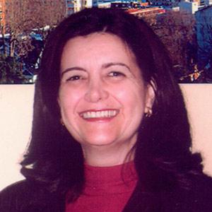 Elza Marcia Targas Yacubian - Secretária